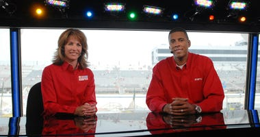 ESPN broadcasters Suzy Kolber and Brad Daugherty during Nascar Nextel Cup Series practice for the Autism Speaks 400 at Dover International Speedway.