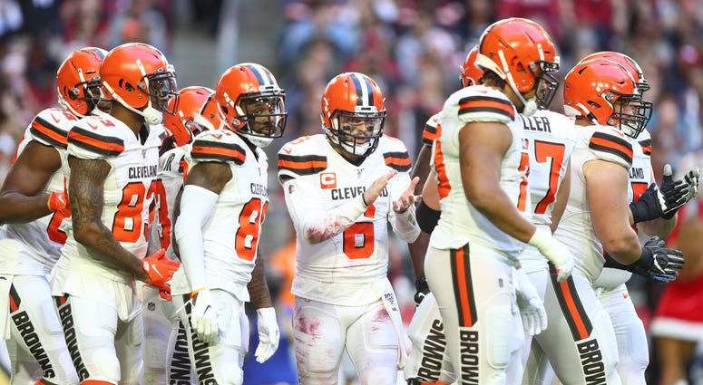 Browns huddle