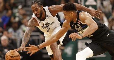 Los Angeles Clippers forward Kawhi Leonard and Milwaukee Bucks forward Giannis Antetokounmpo