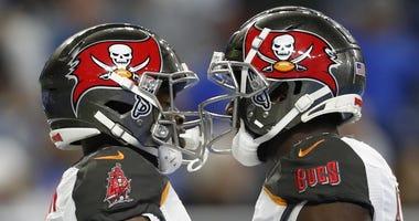 Tampa Bay Buccaneers wide receivers Breshad Perriman and Chris Godwin