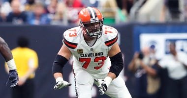 Oct 15, 2017; Houston, TX, USA; Cleveland Browns offensive tackle Joe Thomas (73) during the game against the Houston Texans at NRG Stadium. Mandatory Credit: Kevin Jairaj-USA TODAY Sports