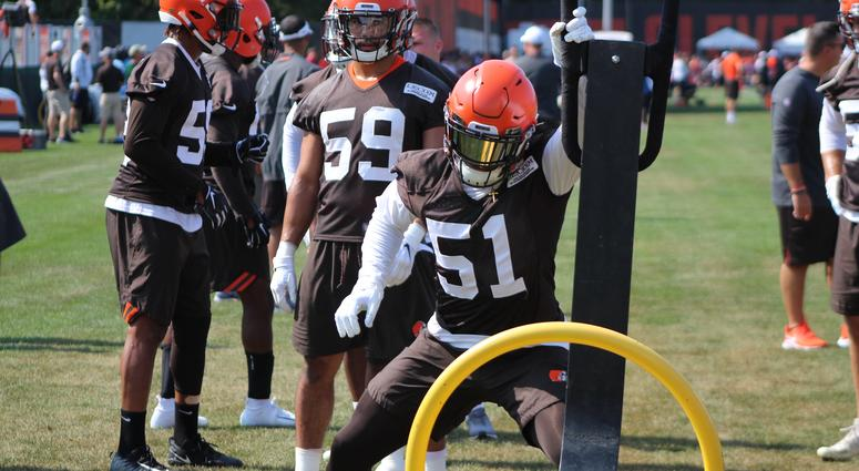 Browns Camp Notes: Rookie Mack Wilson learning all 3 LB positions
