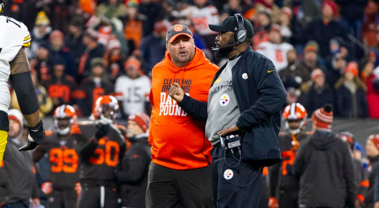 Cleveland Browns head coach Freddie Kitchens and Pittsburgh Steelers head coach Mike Tomlin