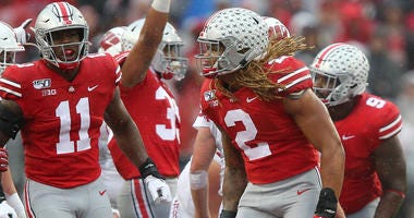 Ohio State Buckeyes defensive end Chase Young (2)
