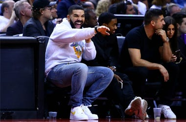 Drake at the Toronto Raptors game