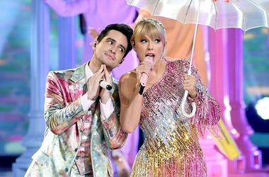 Taylor Swift and Brendon Urie at the Billboard Music Awards