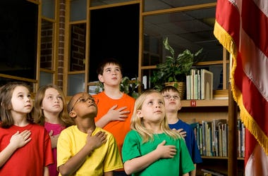 Kids Recite Pledge of Allegiance