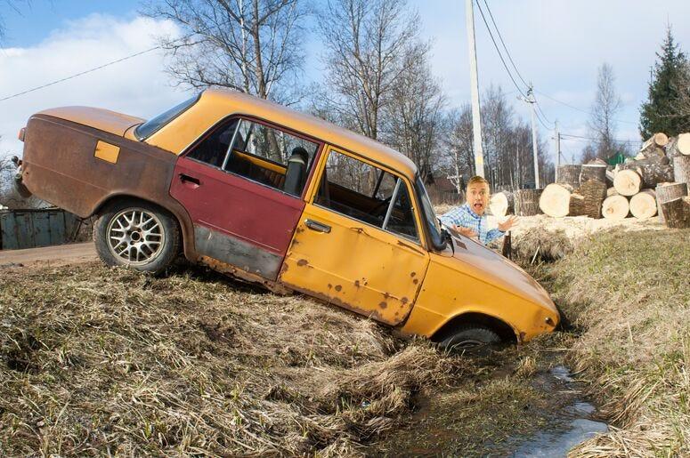 Matt Harris Stuck in Ditch
