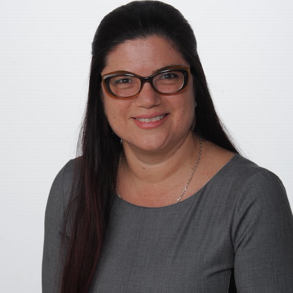 Dr. Claudia Vicencio