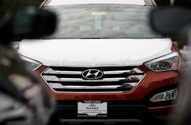 Un vehículo Hyundai Sonata en un concesionario Hyundai en Des Plaines, Illinois el 4 de octubre del 2012.