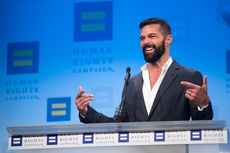 El cantante y activista Ricky Martin, agasajado con el Premio Visibilidad de la Human Rights Campaign, habla en la organización en Washington el sábado 28 de septiembre del 2019. Martin será el conductor de la 20ma entrega anual de los Latin Grammy el 14