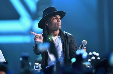 Arcangel performs onstage at Univision's Premios Juventud 2015 at Bank United Center on July 16, 2015 in Miami, Florida.