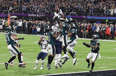 Feb 4, 2018; Minneapolis, MN, USA; New England Patriots tight end Rob Gronkowski (87) is unable to make the catch on the final play of Super Bowl LII as Philadelphia Eagles cornerback Jalen Mills (31) and free safety Rodney McLeod (23) and cornerback Jayl