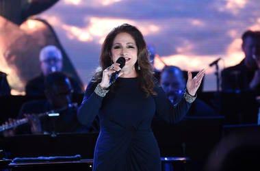En esta fotografía de archive del 15 de mayo de 2019 la cantante Gloria Estefan durante una presentación en la inauguración del Museo de la Estatua de la Libertad en el Battery Park de Nueva York. La cantautora cubano-estadounidense fue nominada el miérco