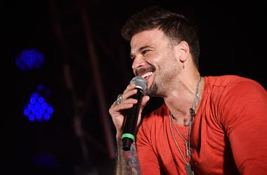 Singer Pedro Capo performs during HBO Latino x Pedro Capo: En Letra de Otro at La Marina Restaurant Bar Beach Lounge on August 9, 2017 in New York City.