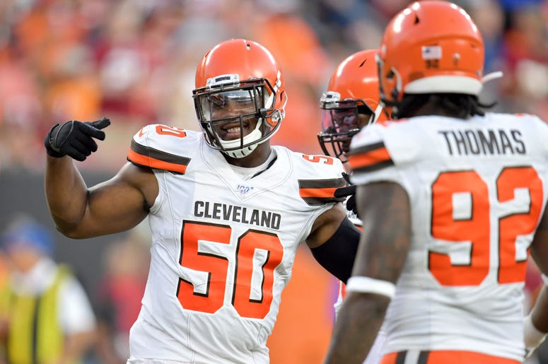 Chris Smith #50 of the Cleveland Browns