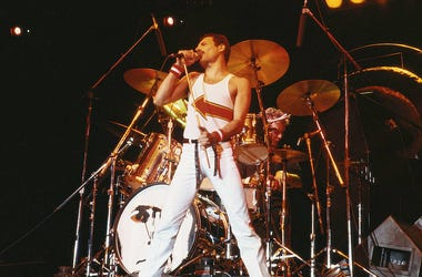 Freddie Mercury (1946-1991), singer with Queen