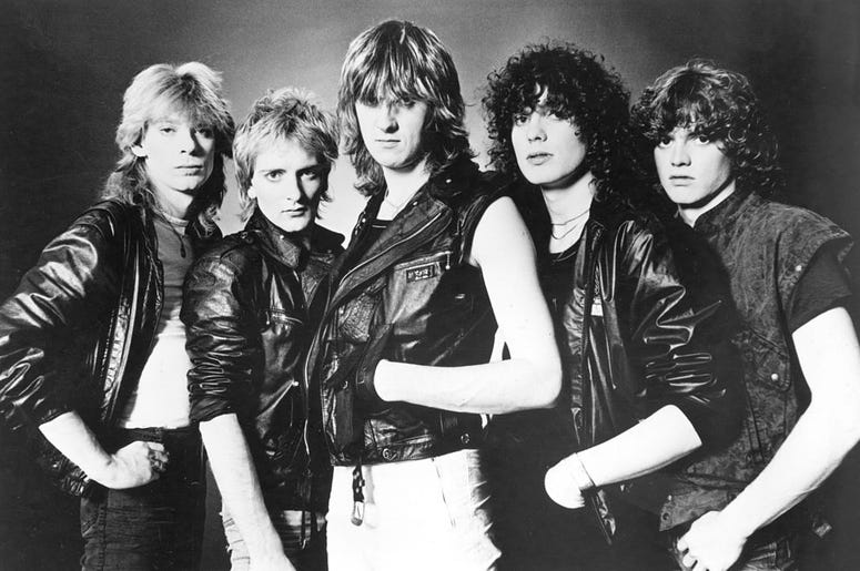1985. L-R: Steve Clark, Rick Savage, Joe Elliott, Pete Willis, Rick Allen.