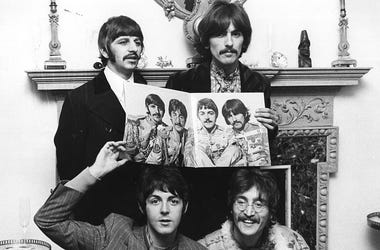 he Beatles (clockwise from top left: Ringo Starr, George Harrison (1943 - 2001), John Lennon (1940 - 1980) and Paul McCartney) pose for a photocall to promote their new album 'Sergeant Pepper's Lonely Hearts Club Band'.