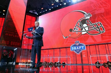 NFL Commissioner Roger Goodell announces a pick by the Cleveland Browns during the first round of the 2018 NFL Draft