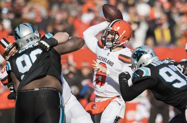 Cleveland Browns quarterback Baker Mayfield (6) throws a pass during the first quarter against the Carolina Panthers at FirstEnergy Stadium.