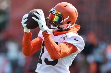Cleveland Browns wide receiver Odell Beckham (13) catches a pass during training camp at the Cleveland Browns Training Complex.