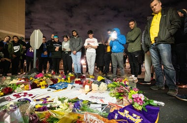 Jan 26, 2020; Ardmore, Pennsylvania, USA; Fans gather to pay their respects to NBA Kobe Bryant outside Lower Merion High School. Mandatory Credit: Bill Streicher-USA TODAY SportsJan 26, 2020; Ardmore, Pennsylvania, USA; Fans gather to pay their respects t