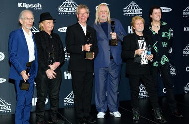 L-R: 2017 Inductees Steve Howe, Alan White, Bill Bruford, Rick Wakeman, Jon Anderson and Trevor Rabin of Yess attend the Press Room at the 32nd Annual Rock & Roll Hall of Fame Induction Ceremony at the Barclays Center in Brooklyn, NY on Apri;l 7, 2017.