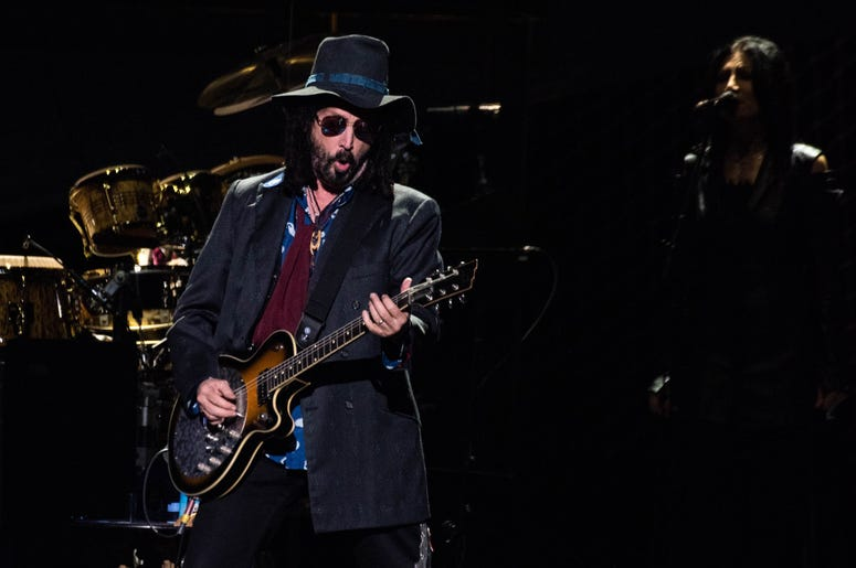 MIke Campbell of Fleetwood Mac performs onstage at The SAP Center on November 21, 2018 in San Jose, California