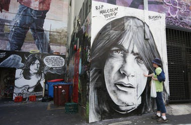 Fans pay tribute to Malcolm Young on ACDC Lane