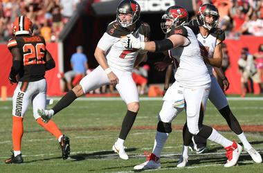 Tampa Bay Buccaneers kicker Chandler Catanzaro (7) celebrates after making a game winning field goal against the Cleveland Browns at Raymond James Stadium.