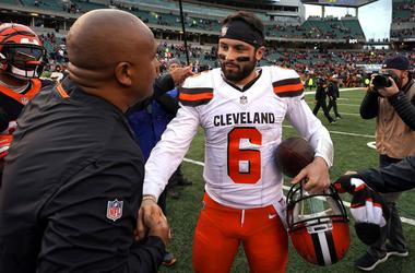 Cincinnati Bengals special assistant to the head coach Hue Jackson (left) meets with Cleveland Browns quarterback Baker Mayfield (6) after their game at Paul Brown Stadium