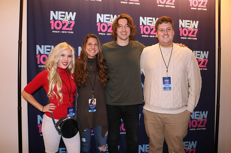 Dean Lewis Meets Fans at NEW 102.7 'Up Close and Personal'