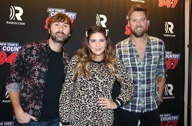 Lady Antebellum Meet Fans at 'Up Close & Country'