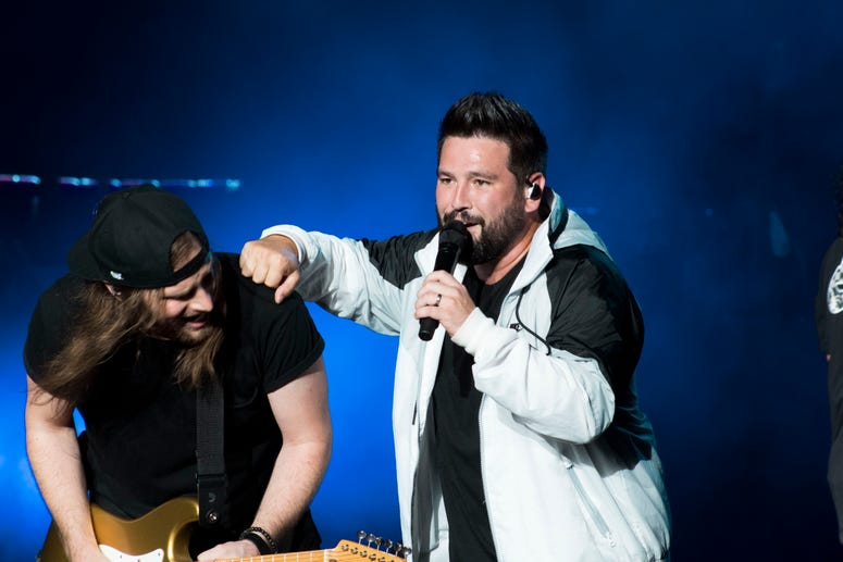 Dan + Shay NJ 2019 (Photo Credit: Alessandra Guarneri)