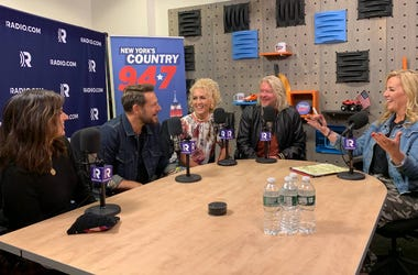 Little Big Town in studio with Kelly Ford