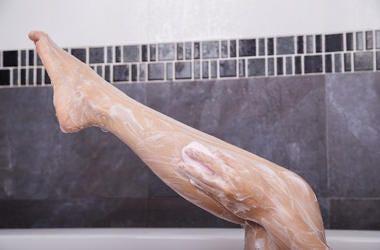 washing legs