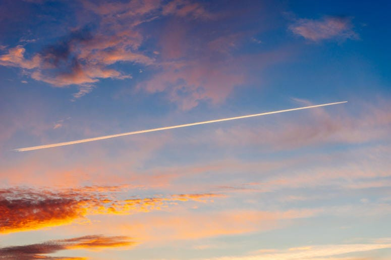 airplane trail