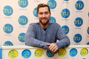 Lance Bass Reveals How He Came Out To Britney Spears On 'Watch What Happens Live'.jpg