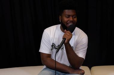 Khalid backstage at the Billboard Music Awards