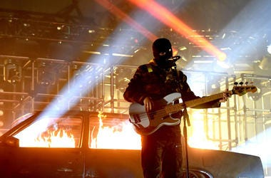 Tyler Joseph of Twenty One Pilots performs at the Forum on November 10, 2018 in Inglewood, California