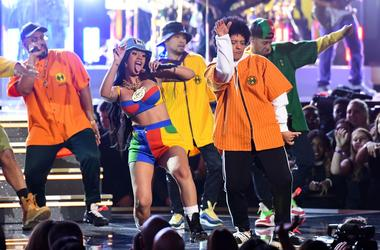 Cardi B & Bruno Mars