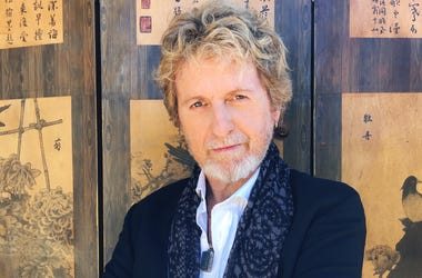 """Glenn Kalina Interviews Jon Anderson on New """"1000 Hands"""" Album, """"YES,"""" and More"""