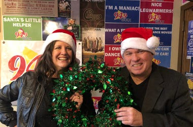 LISTEN: What's in Jolly Jim's Sack? Teri Helps Winner 1 Find a Great Gift