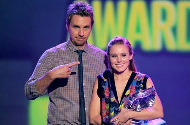 Kristen Bell and Dax Shepard let their daughters drink non alcoholic beer