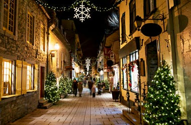 Town Christmas Decorations