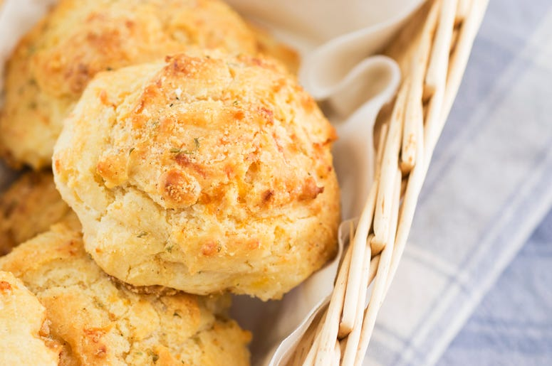 Red Lobster is offering cheddar biscuits for Valentines Day.