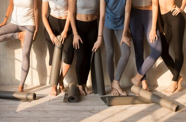 A mom wants everyone to know leggings should not be worn, ever.