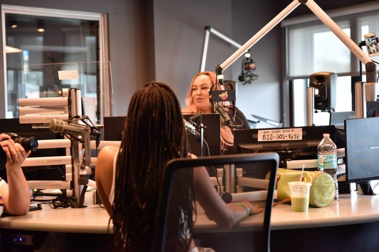 Ivy Unleashed interviews Jorja Smith at Power 96 Studio