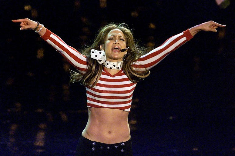 383938 12: Jennifer Lopez performs during the 28th Annual American Music Awards January 8, 2001 in Los Angeles, CA. (Photo by Newsmakers)